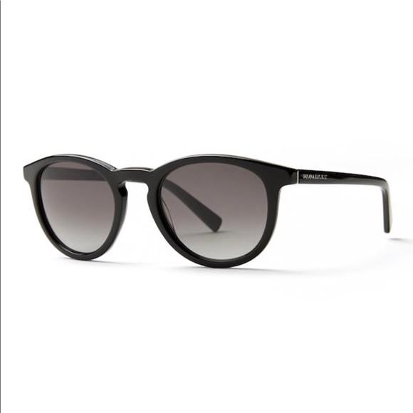 257f8e5575b Banana Republic Accessories - Banana Republic Johnny s Sunglasses Black